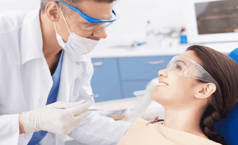 8 Signs You Need a Dental Checkup