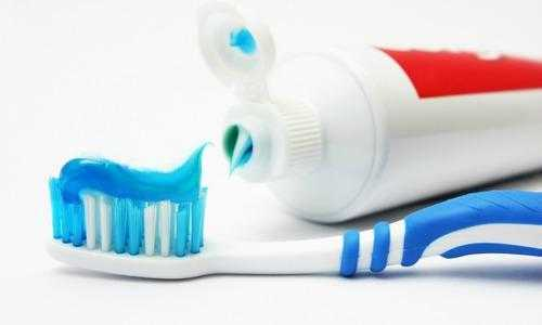 How to keep braces clean - Toothpaste