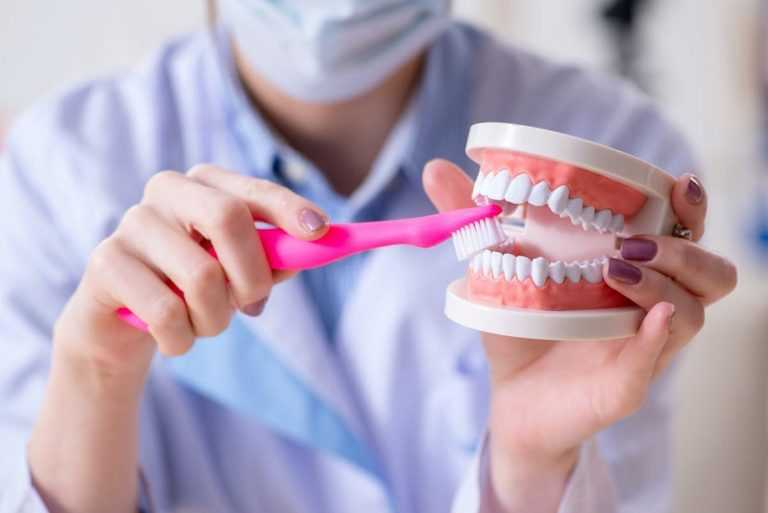 Why-must-one-get-their-teeth-cleaned-through-experts