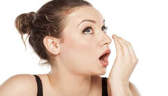 Which foods are responsible for bad breath