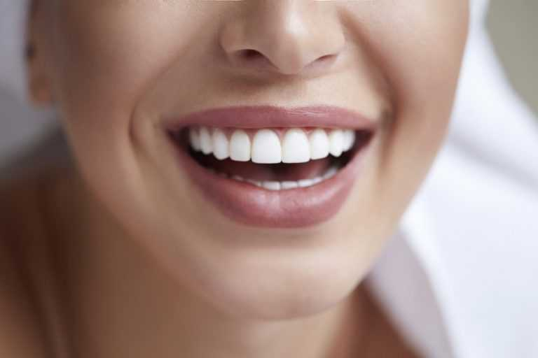 Dental Veneers are very important to solve problems like stained teeth, cracked teeth, and yellowish teeth. Visit Sabka Dentist to get better Dental Veneers for your teeth which can improve your smile.