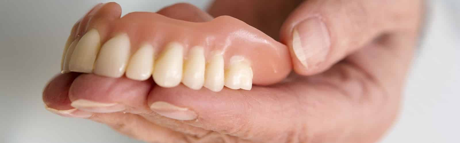 everything-you-need-to-know-about-dentures