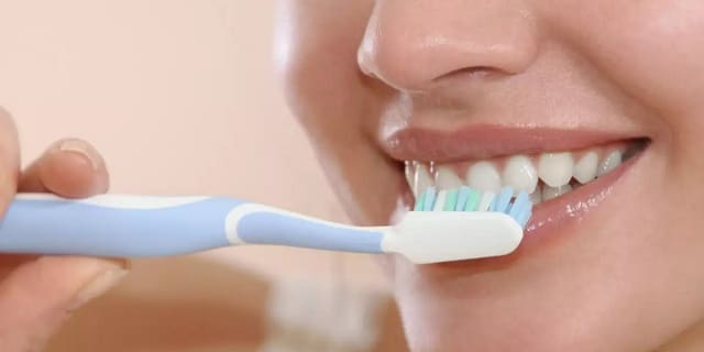clean all of the top and bottom teeth's outside surfaces