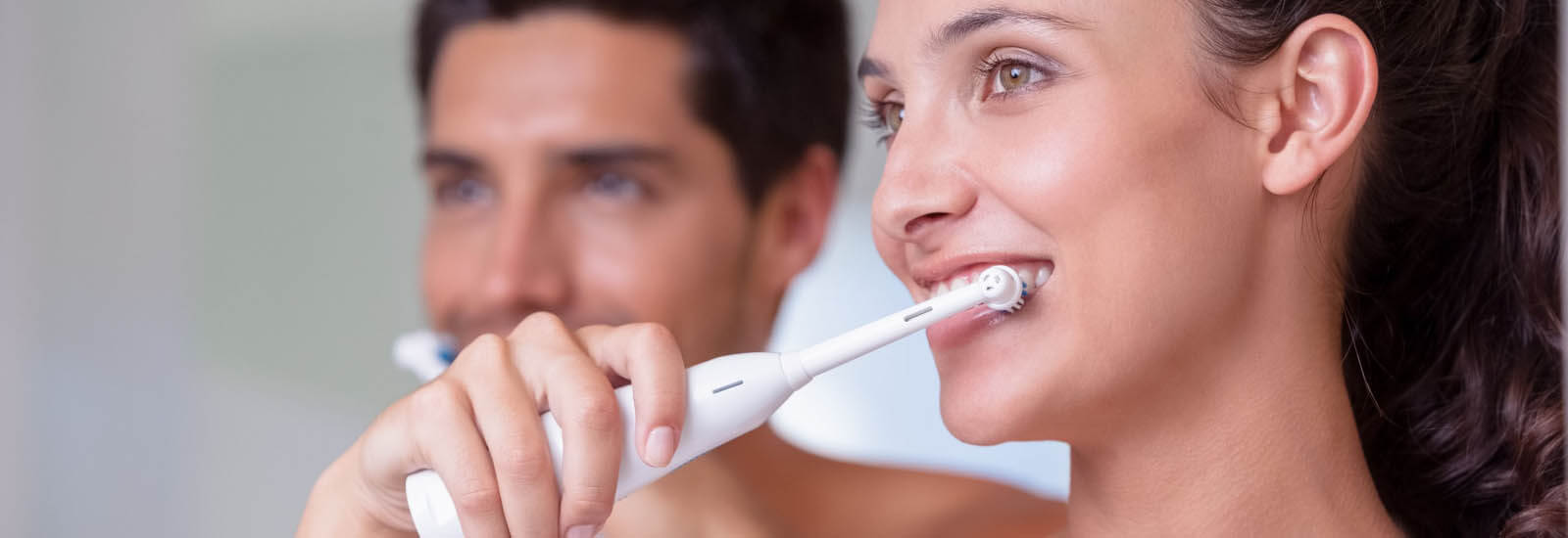 Electric Toothbrush to Clean your Teeth